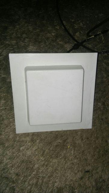 Antena panelowa do internetu z przewodem