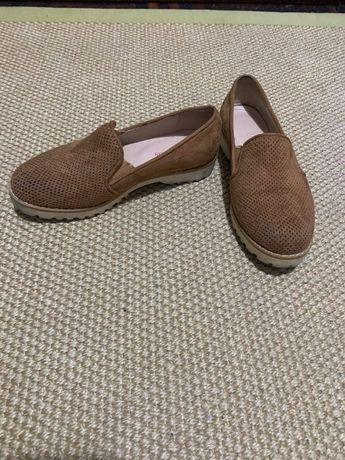 Sapatos senhora camurça nº35