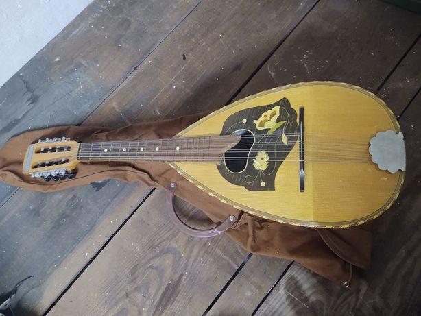 Stara piękna zdobiona niemiecka mandolina