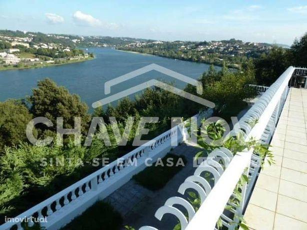 Moradia de Luxo V6, com deslumbrantes vistas sobre o rio Douro
