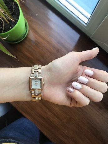 Часы женские freelook Швейцария швейцарские часы