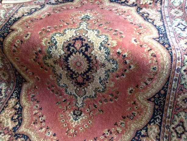 Tapetes tipo persa em lã, fabricados pela TRICANA, Coimbra