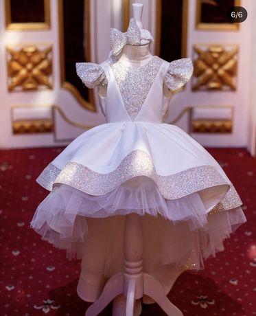 Продам Шикарное Нарядное детское Платье на 1-2 года!
