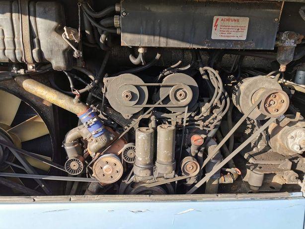 Silnik v8 skrzynia biegów ZF8 Mercedes Benz /Setra