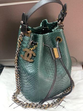 Продам сумку Chanel/ шкіра пітона / ексклюзив/оригінал
