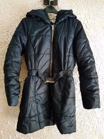 Czarna kurtka zimowa