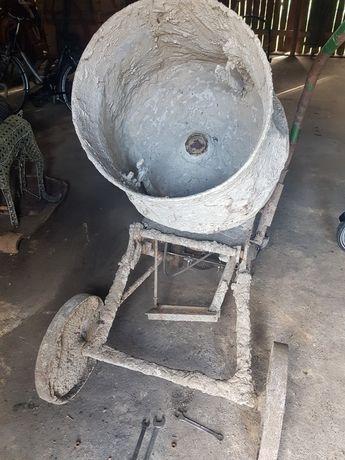 Sprzedam betoniarkę