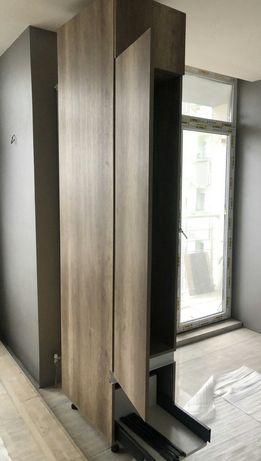 Шкаф Высота 2,5 глубина 0,75 ,ширина 0,45 цена 5000 грн
