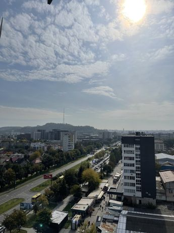 Продаж 2кім квартири із ремонтом в ЖК «Щасливий» Platinum