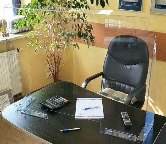 Osłona szyba z plexi plexa antywirus na biurko lada recepcja