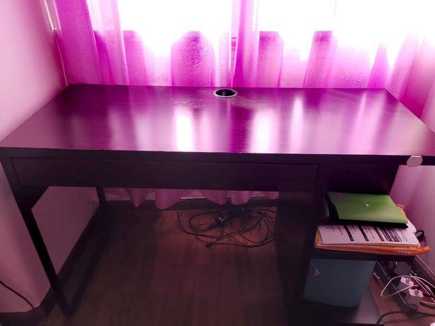 Secretaria, mesa de escritório ou quarto