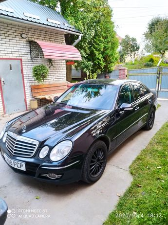 Mercedes - Benz E320