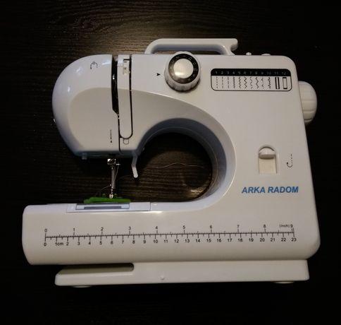 Mini maszyna do szycia Arka Radom Compact