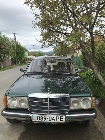 Mersedes-Benz 200 D
