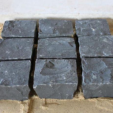 KOSTKA BRUKOWA BAZALTOWA Czarna Kamień Bazalt Granitowa Granit Szwed