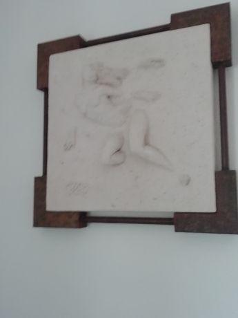Quadro com escultura