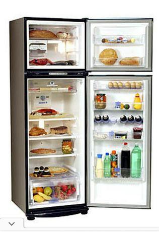 Продам холодильник Whirlpool ARC4020IX