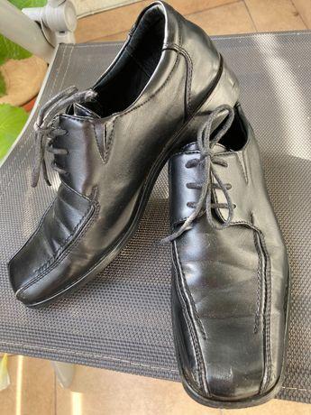 Czarne eleganckie 34 komunia wesele buty 23cm