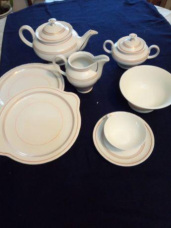Serviço de Chá em porcelana da Vista Alegre