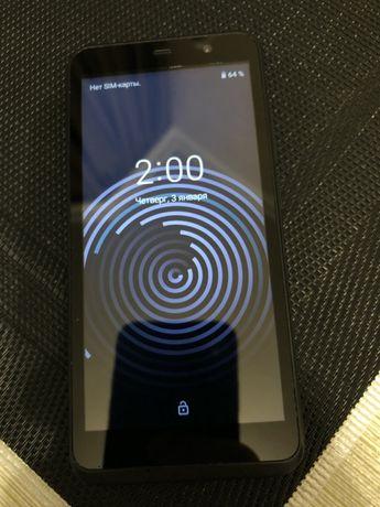 Продам телефон Altice S32