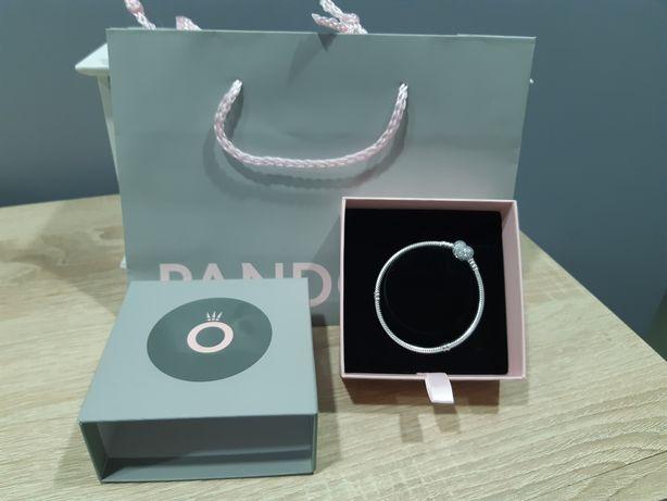 Pandora moments pave 17