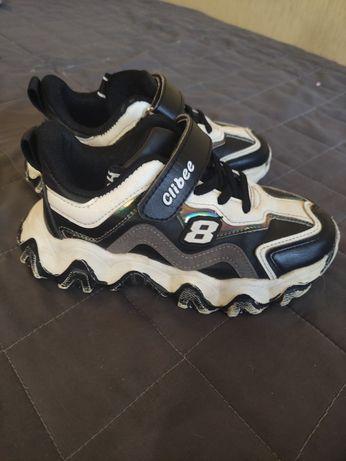 Моднячие кроссовки Clibee