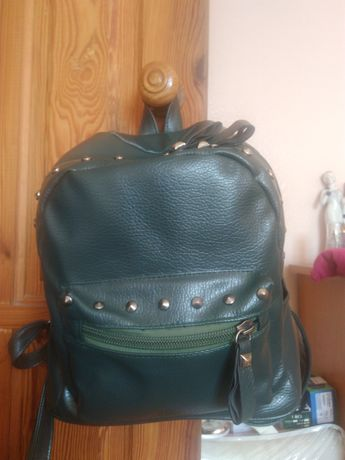 Рюкзак зелёный