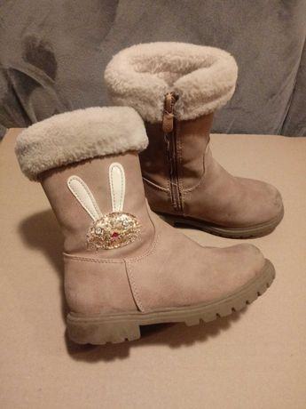 Buty zimowe z króliczkiem r. 26