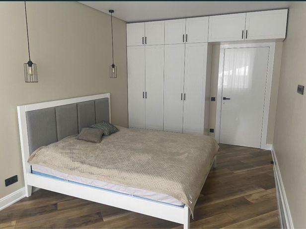 Продам 2к квартиру 75м2 в ЖК На Прорезной с мебелью и техникой!