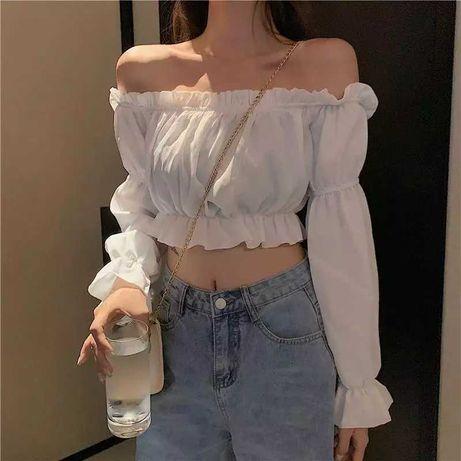 Женский топ. Блузка с открытыми плечами