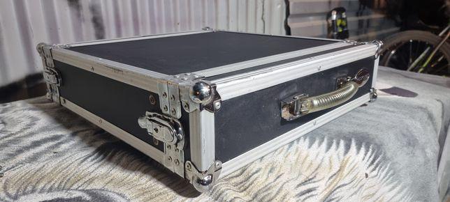 Case skrzynia rack firmy Rockcase