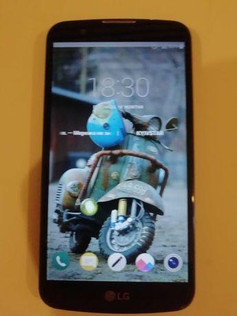 Мобильный телефон LG K10.