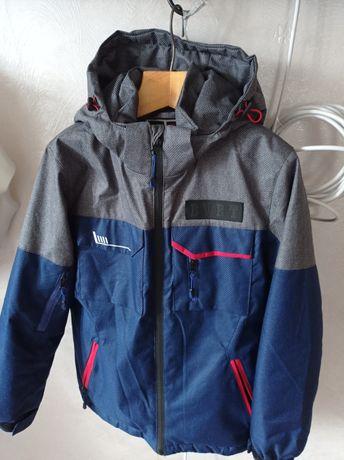 Куртка на мальчика осень