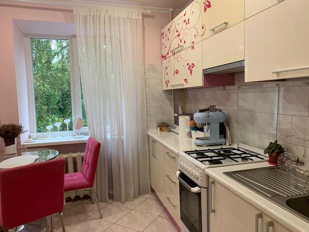 Продаж 2 кім квартири на вул. Роксоляни