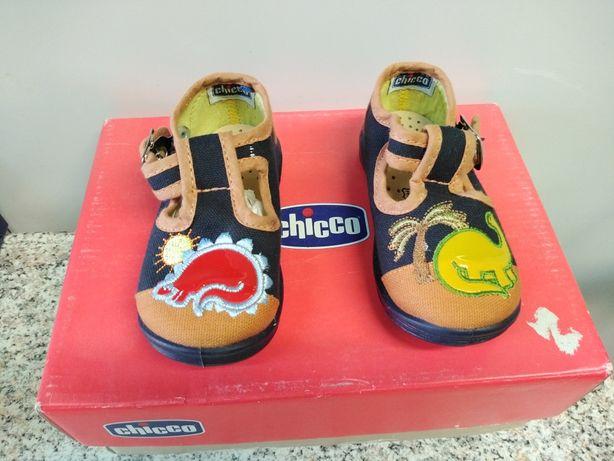 Vendo calçado de criança