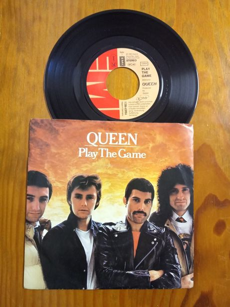 LP 45rpm Queen play the game