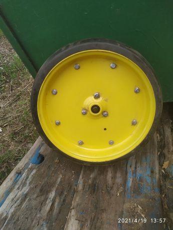 Прикатуюче колесо