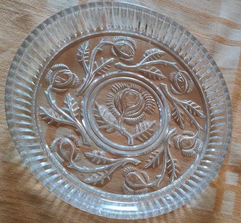 Kryształowy talerz i takerzyki deserowe-zestaw