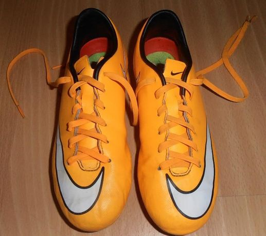 korki, buty piłkarskie NIKE Jr Support MERCURIAL 35