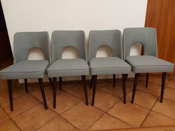 Krzesla PRL muszelki.