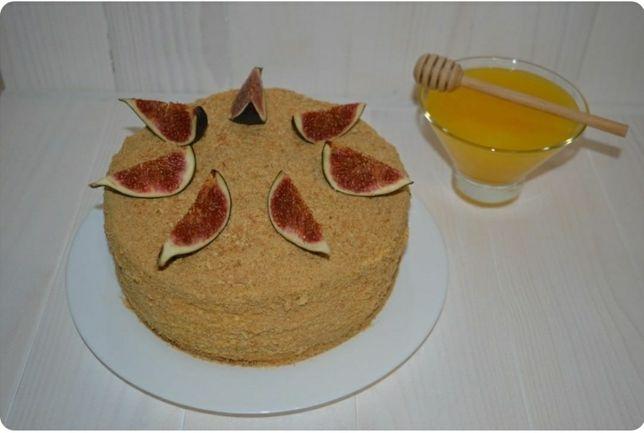 Торт медовик, пинчер