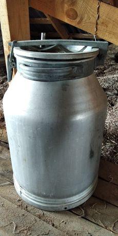 Бидон алюминиевый с дистиллятора