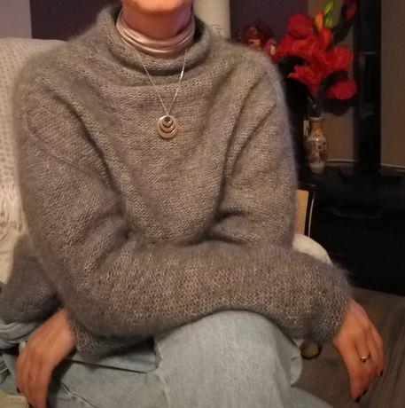 Moherowy sweterek