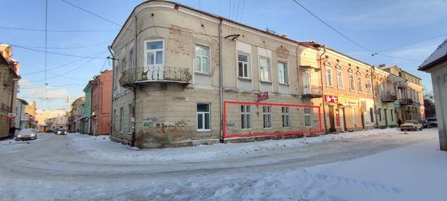 Продається 2-кімнатна квартира під КОМЕРЦІЮ в центрі міста
