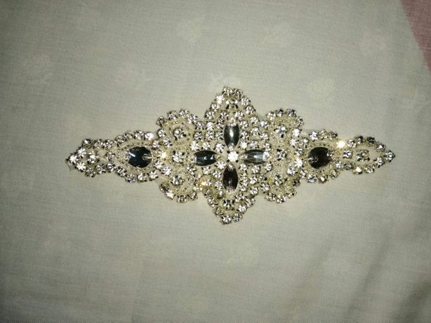 Acessório para cinto de vestido de noiva