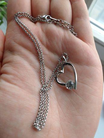 Łańcuszek z zawieszką serce
