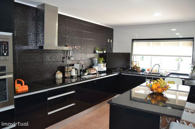 Moradia, 320 m², Palmeira