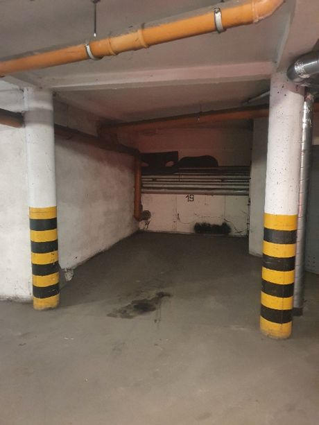 Wynajmę stanowisko w garażu (Golisza/Oliwkowa)
