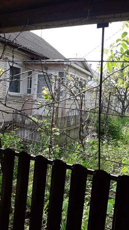 Продається будинок у центрі міста (Полонне)