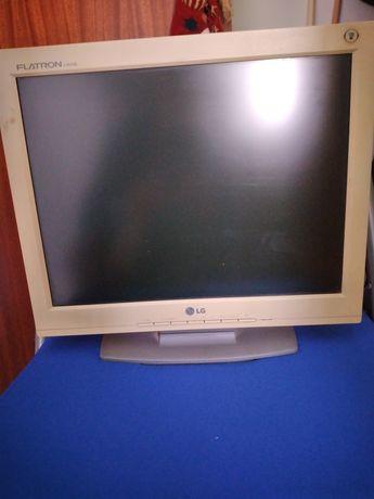 Ecrã para PC funciona perfeitamente.